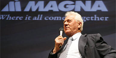 Stronach zum FC-Magna-Präsident gewählt