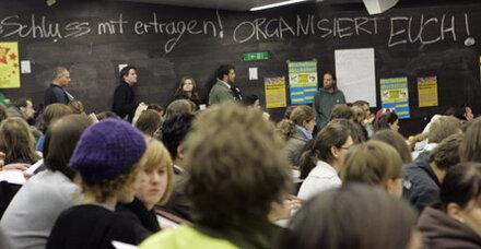 Uni-Lehrer unterstützen Protest