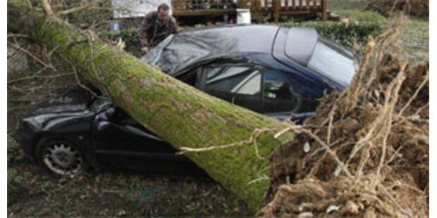 Orkan über Europa fordert 15 Menschenleben