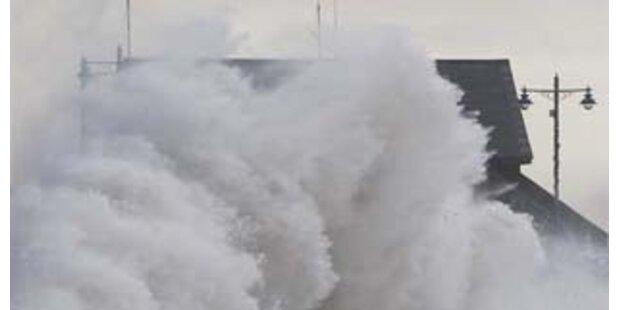 Sturm: 1 Toter und 4 Vermisste in Nordwesteuropa