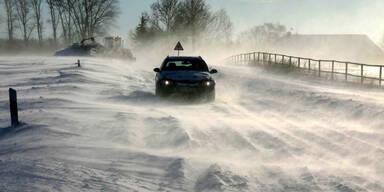 Sturm- und Schnee-Alarm zu Nikolo