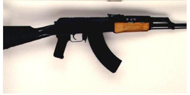 17-Jähriger mit Gewehr in Genfer Schule