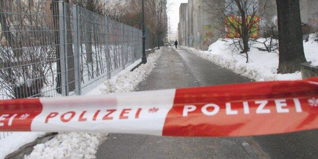 Todesdrama am Gehweg: Frau (54) starb