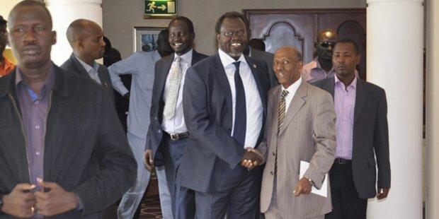 Südsudan: Friedens-Vertrag unterzeichnet
