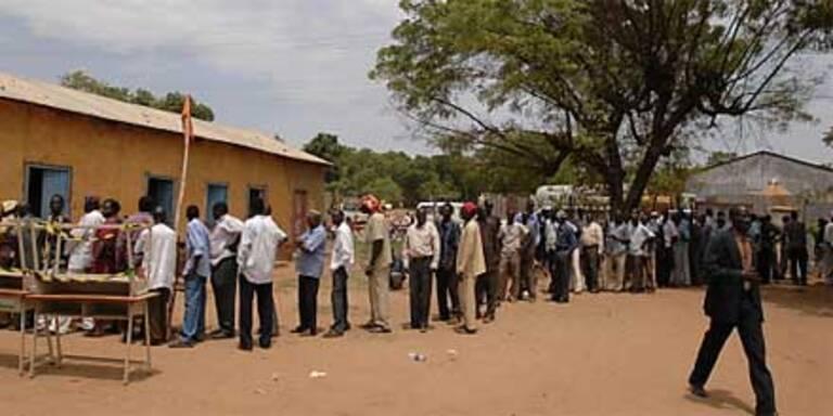 Unregelmäßigkeiten bei Sudan-Wahlen?