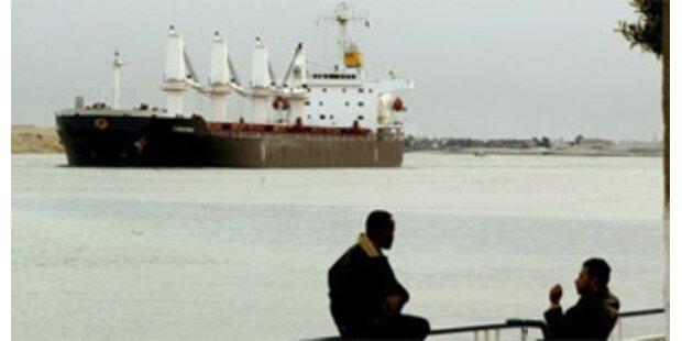 Reedereien wollen Suez-Kanal meiden