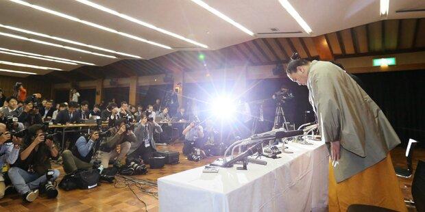Sumo-Star tritt nach Prügelei zurück