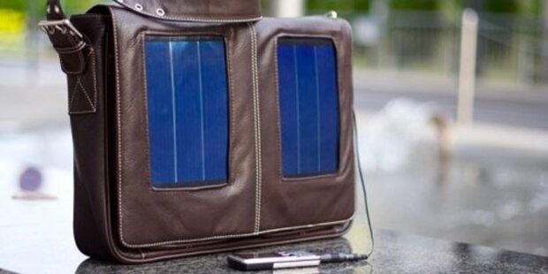 Sunnybag-Taschen laden Handy & Co. auf
