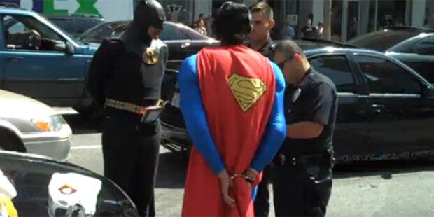 Polizei darf Superman & Co nicht verhaften