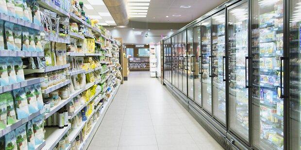 Darum gibt es in Supermärkten fast nie Tageslicht