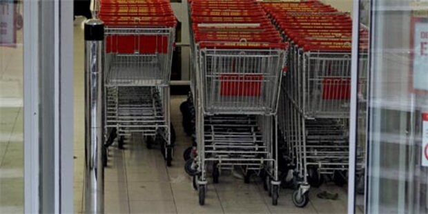 Mit Schokoriegel Supermarkt ausgeraubt