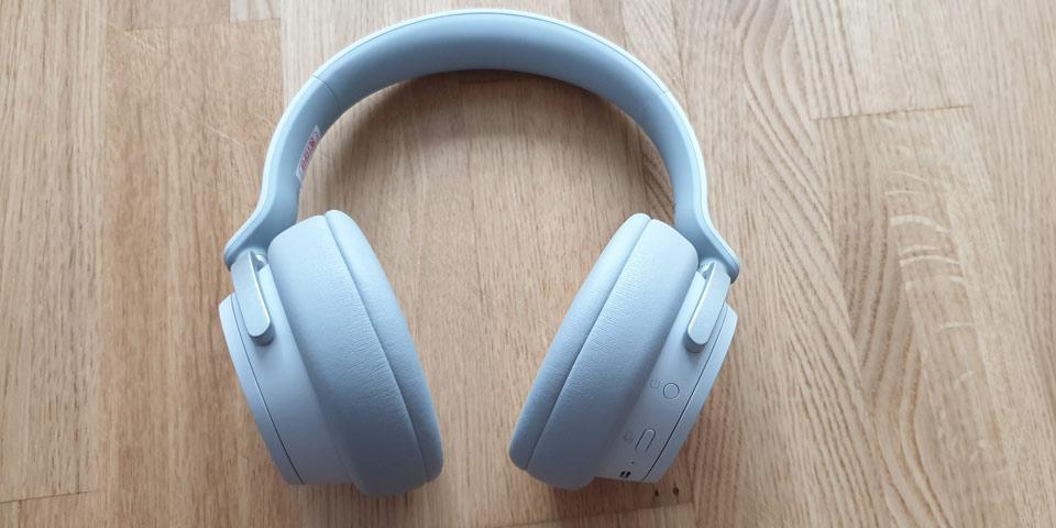 surface-headphones-me2.jpg