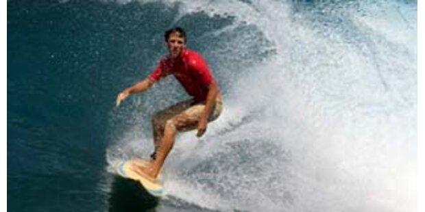 Surfer in Seenot - grettet
