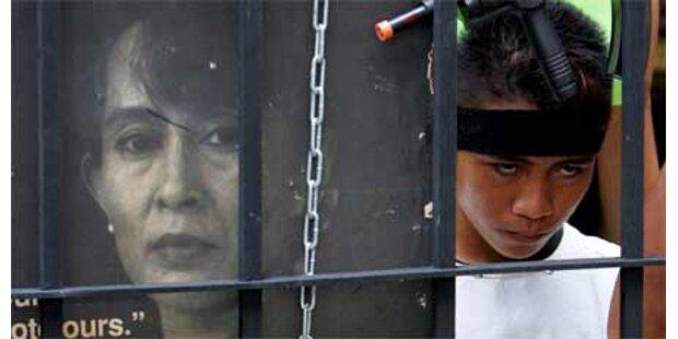 Junta gibt bei Suu Kyi-Prozess Gas