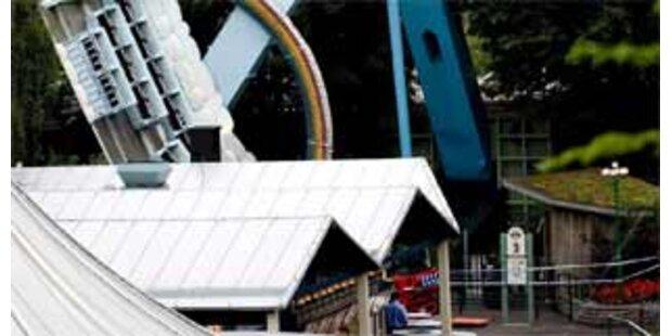 30 Verletzte bei Unfall in Vergnügungspark