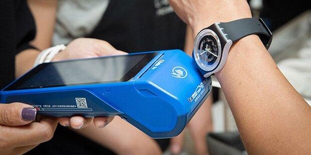 Mit Swatch-Uhren kann man jetzt auch bezahlen