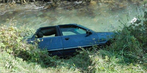 Tödlicher Unfall: 24-Jähriger starb, Beifahrer rettete sich