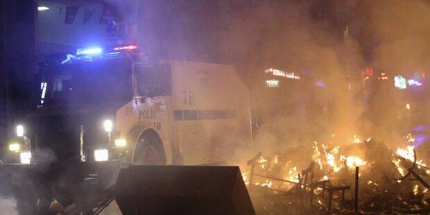 Türkei: Zwei Tote bei neuen Demos