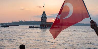 Türkei und Griechenland kündigen Militärmanöver im Mittelmeer an