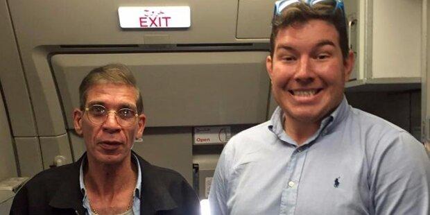 Geisel macht Foto mit Flugzeug-Entführer