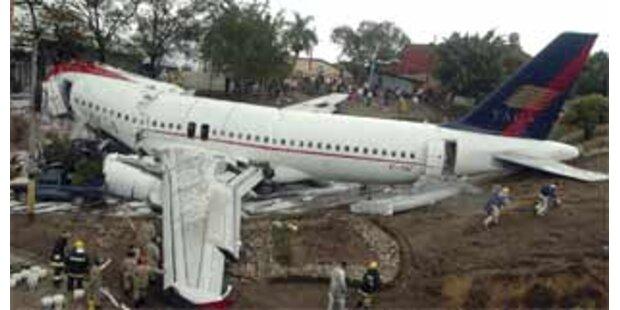 Mindestens fünf Tote bei Flugzeugunglück in Honduras