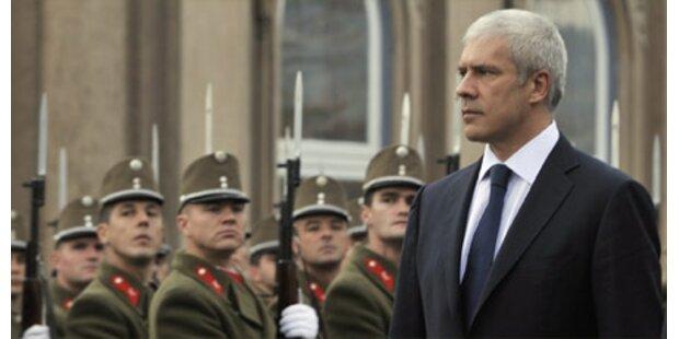 Serbiens Staatschef droht Alk-Strafe