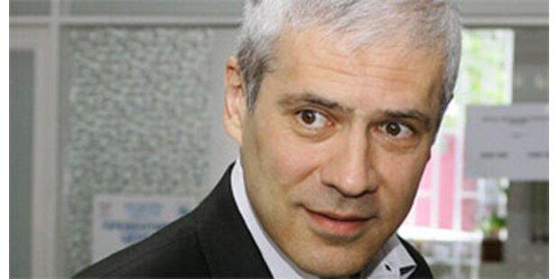 Strafanzeige gegen Präsident Tadic