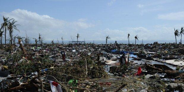 Horror-Taifun: Mindestens 10.000 Tote