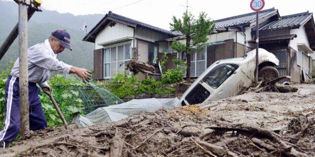 Taifun tötet mindestens sieben Menschen
