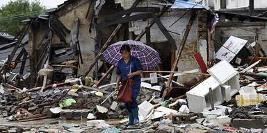 Fast 30 Tote nach Taifun
