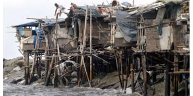 Rebellen wollen Waffenruhe wegen Taifun-Alarm