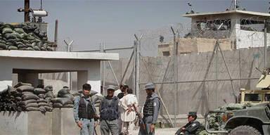 500 Taliban fliehen aus Gefängnis