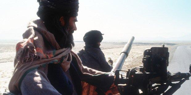 Taliban entführten Reisende: 12 Tote