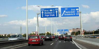 Straße spricht mit Autofahrer in Echtzeit