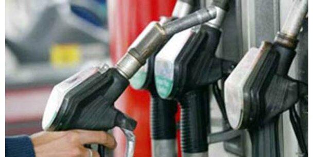 Benzin ist billiger als vor einem Jahr