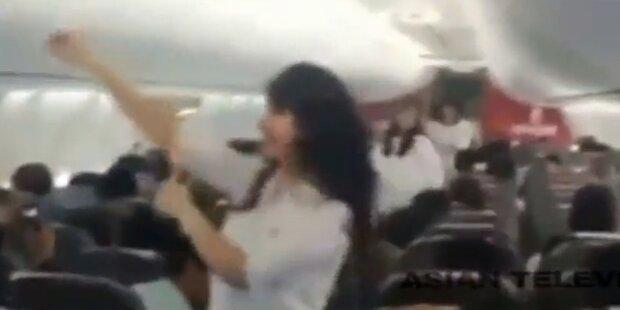 Piloten nach Tanzshow an Bord gefeuert