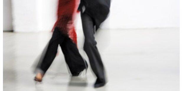 Frau von dänischem Regierungschef tanzt gegen Geld