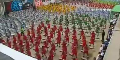 Tanzende Knastbrüder wollen Weltrekord