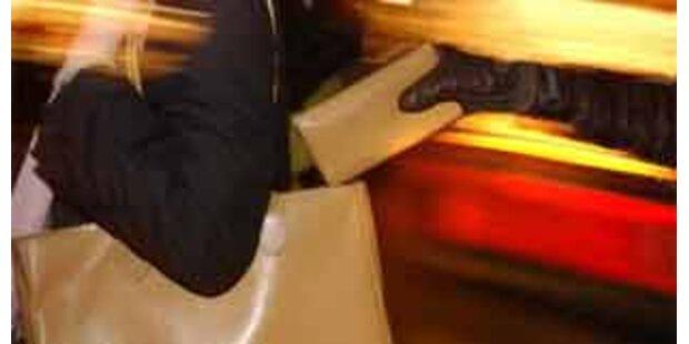 Passanten stoppten drogensüchtige Räuberin