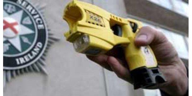 Britische Polizei erhält nun Taser
