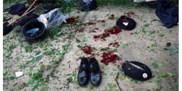 Dutzende Menschen bei Anschlag getötet