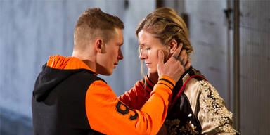 """Tatort Bremen """"Alle meine Jungs"""" mit Jacob Matschenz (Sascha), Genija Rykova (Yvonne)"""