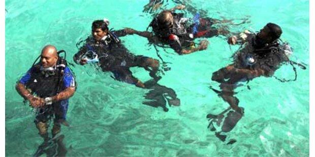 Regierung hält Unterwasser-Sitzung ab