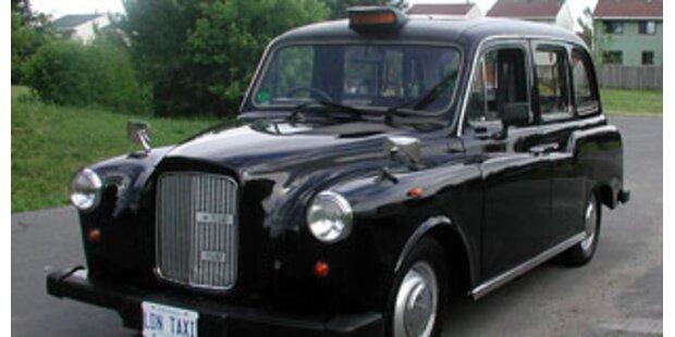 Einbrecher wartete vor Haus des Opfers auf Taxi