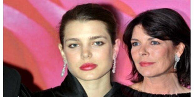 Charlotte Casiraghi lässt ihre Mutter alt aussehen