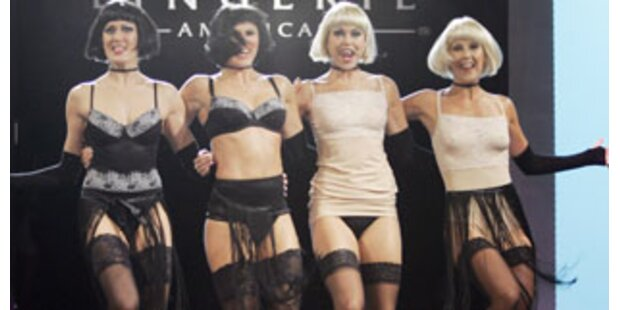 Wilde Dessousparty im Cabaret-Stil