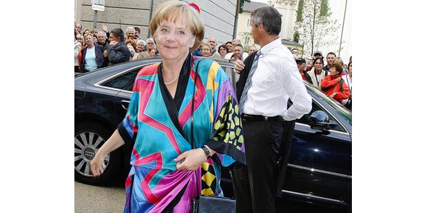 Frau Merkel verstößt gegen oberstes Mode-Gebot
