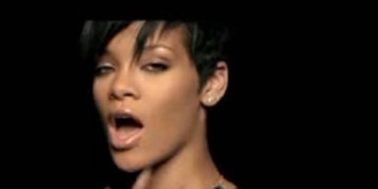 Kurzhaar-Rihanna bald mit Macy Gray vor der Kamera