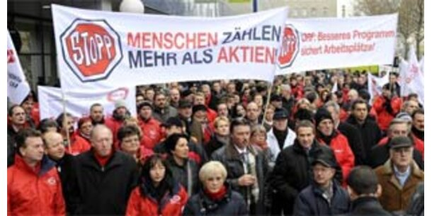 """""""Mitarbeiter zahlen Zeche für Management-Fehler"""""""