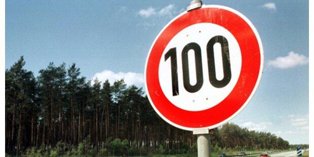 Tempo 100-Limit in OÖ zeigt (k)eine Wirkung